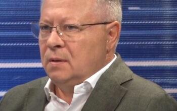 Шкопинский И.В., вице-президент Союза проектировщиков России, дает интервью местному каналу МТВ
